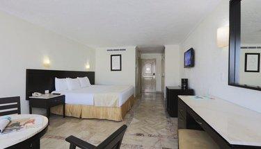 Chambre standard king Hôtel Krystal Cancún Cancún