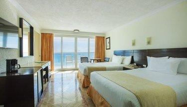 Chambre de luxe avec vue sur l'océan Hôtel Krystal Cancún Cancún