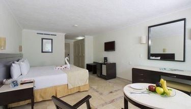 Chambre standard king lune de miel Hôtel Krystal Cancún Cancún